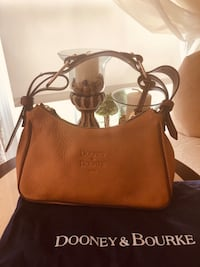 Authentic Dooney & Bourke Handbag Gainesville, 20155