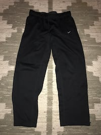 Women's Nike sweatpants(large) Norfolk, 23508