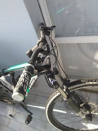 mountain bike full suspension nera e verde Nova Milanese, 20834