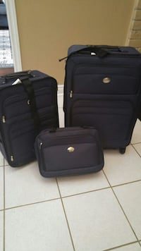three black soft-side luggage bag set