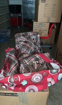 """Thirty-one blanket, two baskets, and a cooler monogrammed """"T"""" Franklin, 37064"""