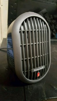 Personal sized heater 3152 km