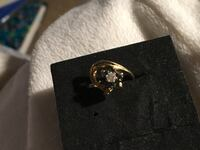 10kt gold diamond and sapphire ring  Glen Burnie, 21061