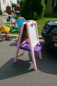 pink and white plastic slide Laval