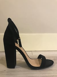 ShoeDazzle two strap black heels - s8.5 Langley, V2Y 2Z9