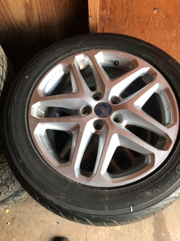 2014 Ford Fusion Tires >> 2014 Ford Fusion 17 Wheels Tires