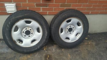 Good pair of 235 70 R 17 Hankook Dana pro AS on ri