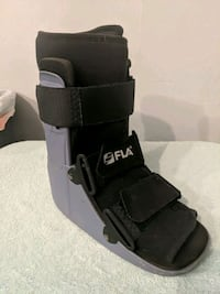 Walking boot (large) St. George, 84770