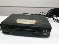 black DVD player with remote Silver Spring, 20902
