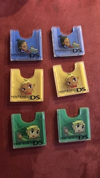 DS game holders LOZ theme