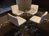 Round, glass-top table/4 chairs Oklahoma City, 73173