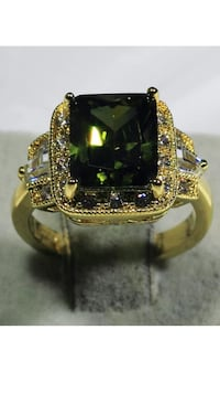 18k Gold Filled Ring With CZ Emerald Crystal Size 6 Nashville