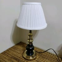 Metal and wood table lamp in excellent condition Toronto, M2J 2C4