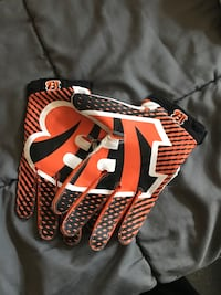 Officially Licensed Bengals gloves