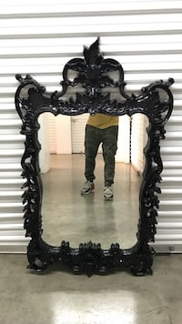 Black lacquer wooden frame mirror Los Angeles, 91604