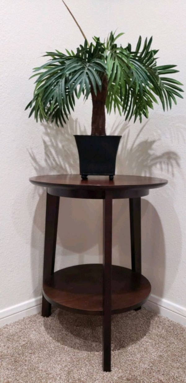 "Palm Tree Artificial/ Fake With Vase 15"" H 93e431a4-9cce-4bab-9c20-f56c29cd0b2f"