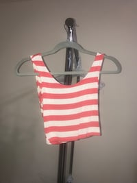 White and red striped crop top size XS Grapevine, 76051