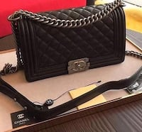 black leather Chanel crossbody bag Brossard, J4W 2Y9