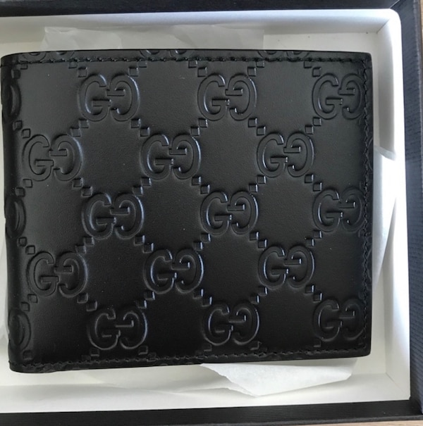 ce357c2c0fc Used GUCCI BLACK SIGNATURE LEATHER WALLET for sale in Berkeley - letgo