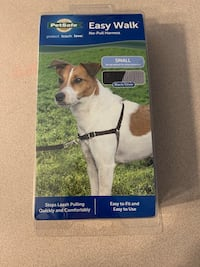 Easy walk dog harness size small NEW