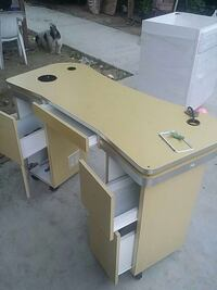 white and brown wooden desk Bakersfield, 93307