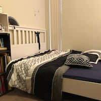 Queen bed+mattress Greenbelt
