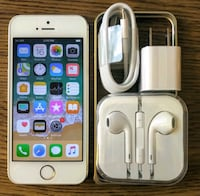 Iphone 5S UNLOCKED 32GB w/ Accessories  Arlington