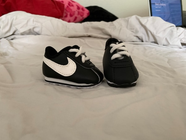 842d9b77f86381 Used Newborn Nike baby shoes for sale in San Antonio - letgo