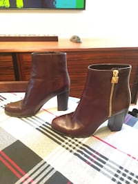 Michael Kors brown boots size 7.5