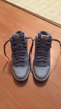 Nike dunk high size 6 Vancouver