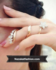 gold and diamond floral ring