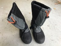 Colombia Winter Boots Boys size 6 439 mi