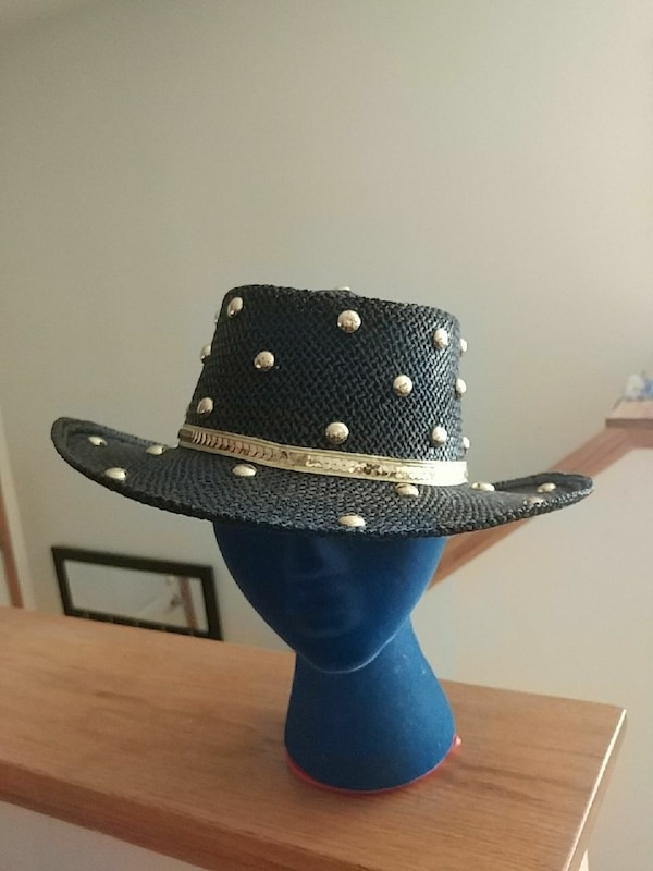 Used Black and gold straw cowgirl hat for sale in Wayzata - letgo 4c0d027440b