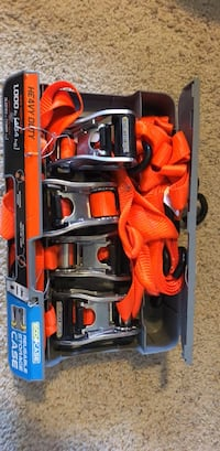 Heavy duty tie down straps like new Chico, 95928