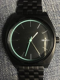 Nixon Watch, comes with box