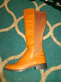 brown leather knee-high boot Dallas, 75230