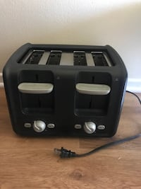 Oster 4 slice toaster Los Angeles, 91324