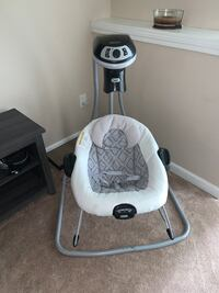 Graco baby swing  Holden, 01520