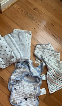 Aiden and Anais bibs and baby cloths collection of 11 pieces  Alexandria, 22305