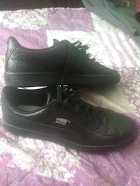 pair of black leather shoes Crete, 60417