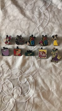 Disney Pins NO SCRAPPERS!!! Riverside, 92503
