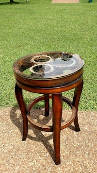 Used Cool Side Table In Mount Juliet