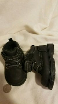 Baby boots size 2 Fostoria, 44830