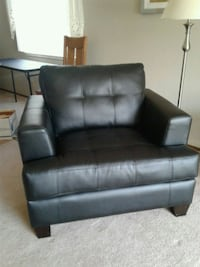 black leather 2-seat recliner San Leandro, 94579