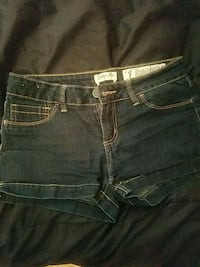 Jean shorts size 7 Washington Township, 08032