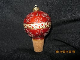 "NEW - CUTE HOSTESS GIFT *  Ceramic Wine Stopper * 3-1/2"" Tall including Cork"