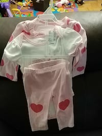 Bnwt 9-12 months set (2 onesies and pants) ON, M2J