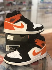 Shattered Backboards Mid 1s size 8 Silver Spring, 20902