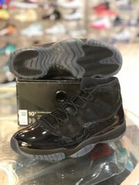 Brand new Cap and gown 11s size 10.5 Silver Spring, 20902