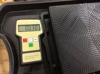 Electronic Freon scale RES-100 used with case very good condition 850465-1  Baltimore, 21205